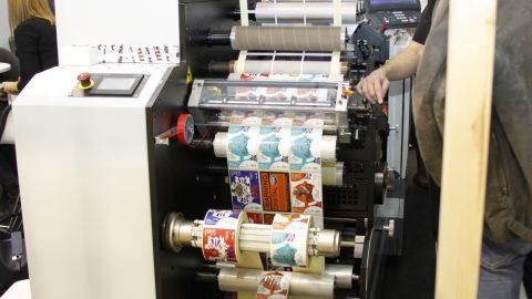 Potražnja za etiketama i dalje raste, posebice digitalno otisnutim